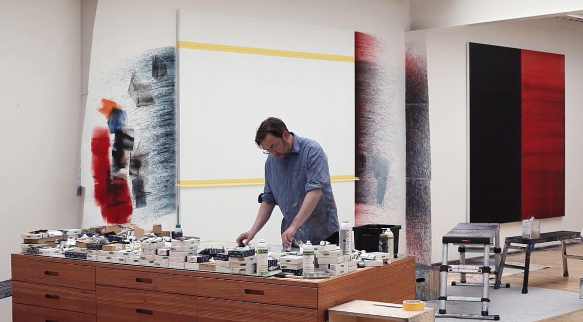 Callum Innes en su estudio Film INGLEBY Gallery